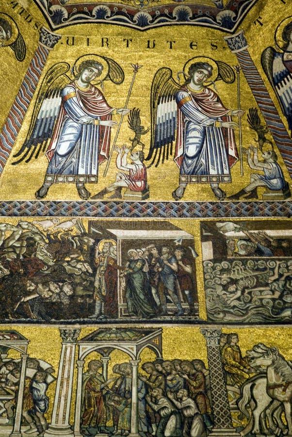 佛罗伦萨洗礼池的天花板马赛克 库存图片