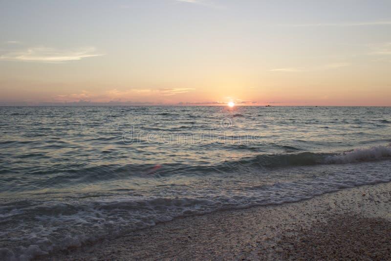 佛罗里达日落的前光 库存图片