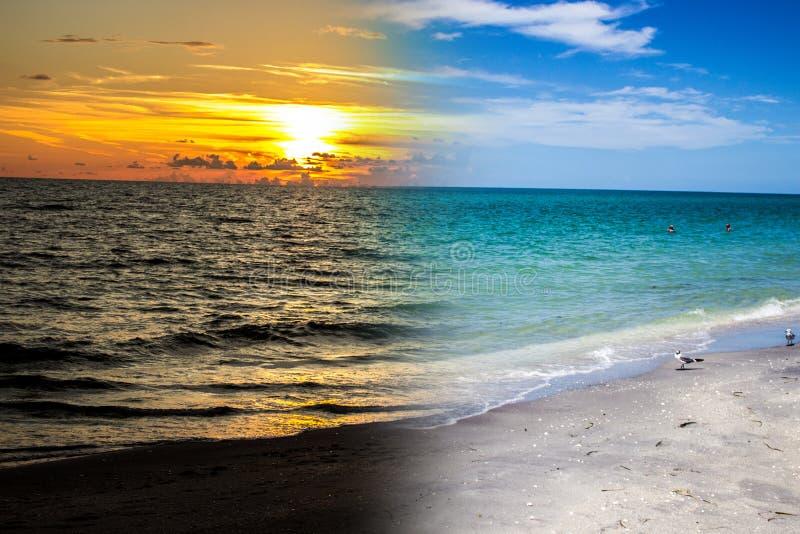 佛罗里达海滩天/日落 库存图片