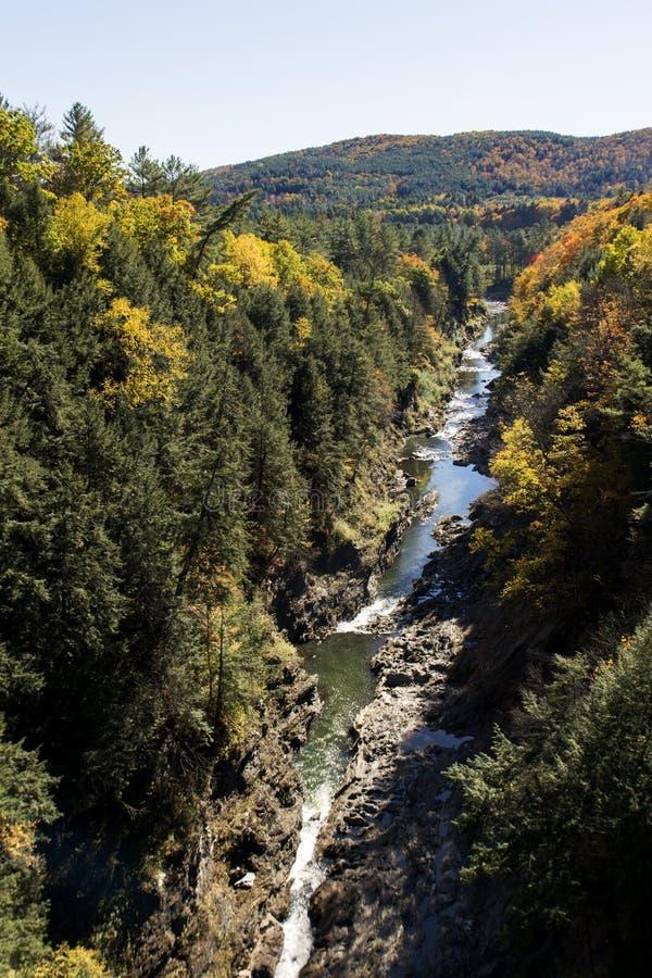 佛蒙特叶子的Quechee峡谷 库存照片
