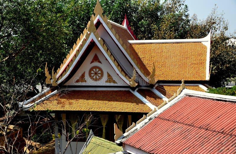佛统,泰国:Wat Phra Pathom Chedi的Sala 免版税库存照片
