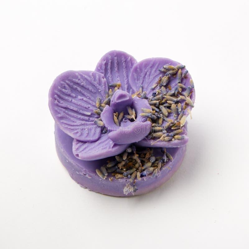作为兰花的手工制造肥皂开花,芳香疗法,温泉 免版税图库摄影
