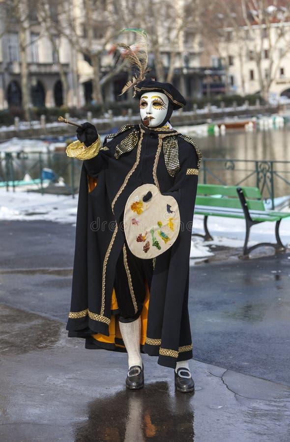 作为画家假装的人-阿讷西威尼斯式狂欢节2013年 免版税库存图片