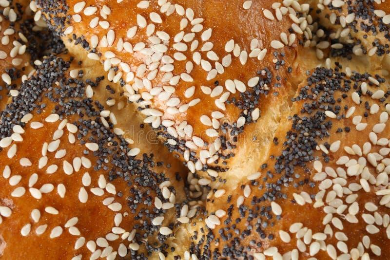 作为背景,特写镜头的甜被打褶的鸡蛋面包 图库摄影