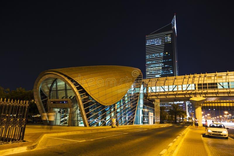 作为world& x27的迪拜地铁; s充分地长期自动化地铁网络& x28; 75 免版税库存图片
