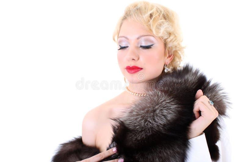 作毛皮妇女的blondie衣领 免版税库存图片