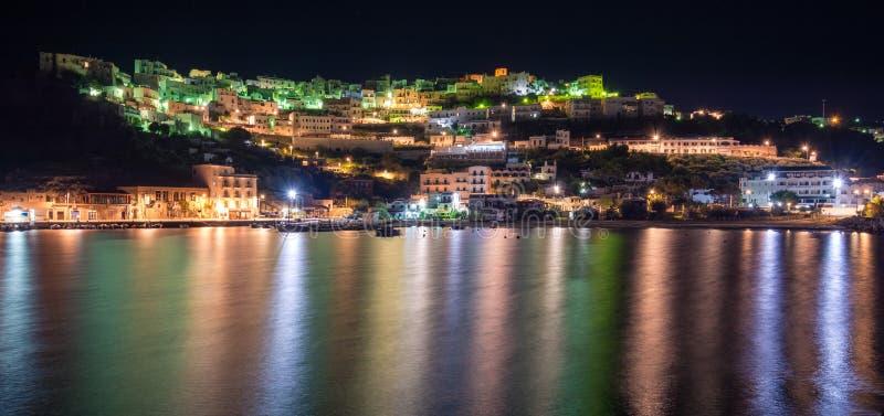 佩斯基奇在晚上,福贾省,普利亚意大利 免版税图库摄影