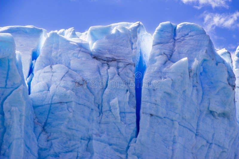 佩里托莫雷诺冰川,其中一来自在巴塔哥尼亚的南冰原的数百冰川,阿根廷 免版税库存照片