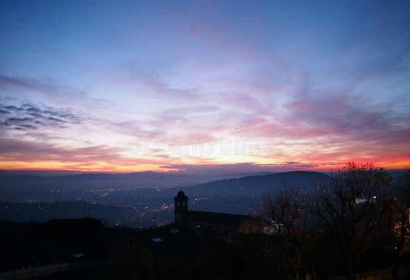 佩鲁贾,意大利 从Giardini Carducci的日落 库存照片