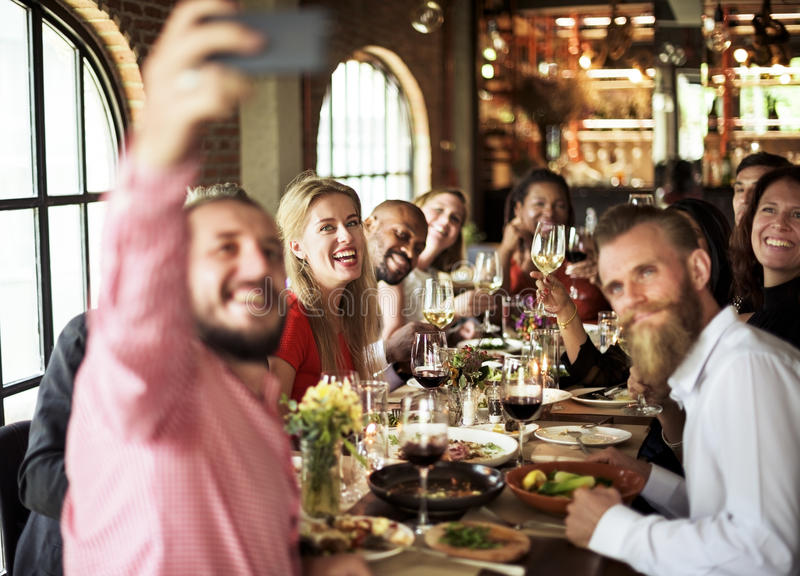 使优等的生活方式后备的概念变冷的餐馆 免版税库存照片