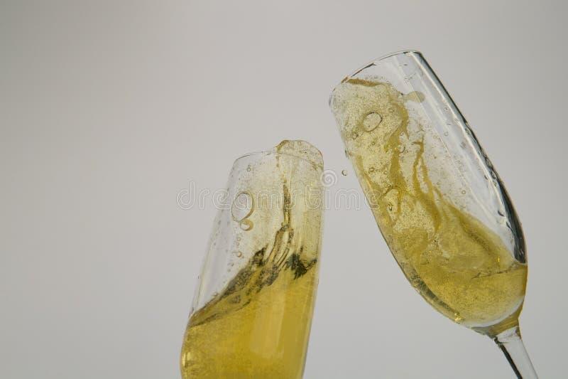 使叮当响的庆祝香宾玻璃 库存图片