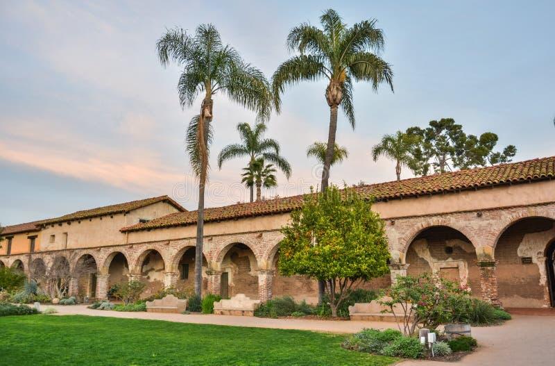 使命圣胡安卡皮斯特拉努在加利福尼亚 免版税库存照片