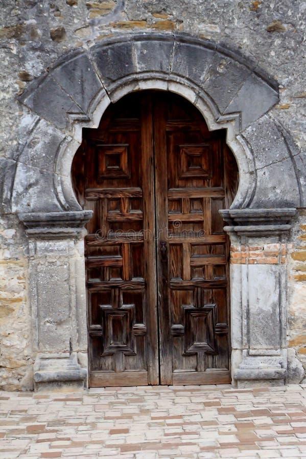使命埃斯帕的木门在圣安东尼奥 免版税库存图片