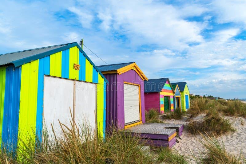 使在切尔西海滩,维多利亚,澳大利亚2的客舱靠岸 免版税库存照片