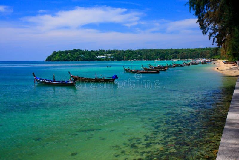 使普吉岛rawai泰国靠岸 免版税库存图片