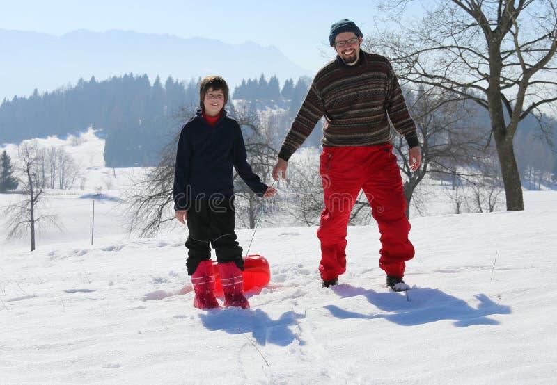 使用与在雪的突然移动的寒假在冬天 库存照片