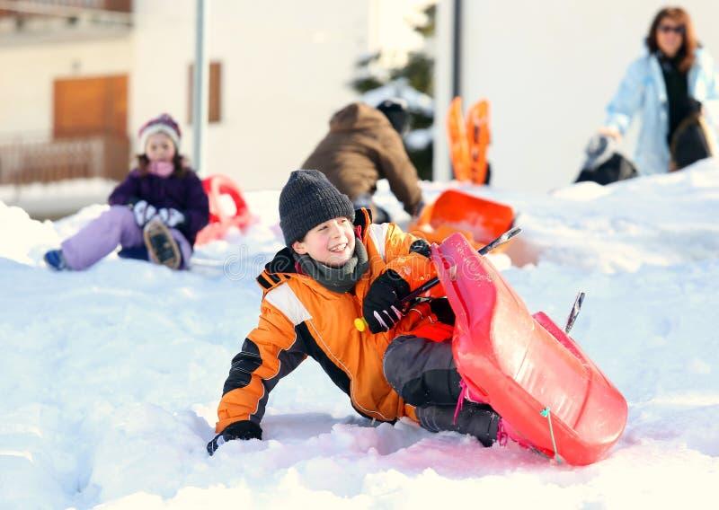 使用与在雪的突然移动的寒假在冬天 免版税库存照片