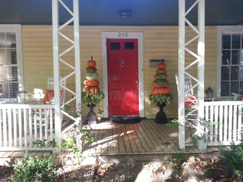 使用南瓜的秋天修剪的花园 库存照片