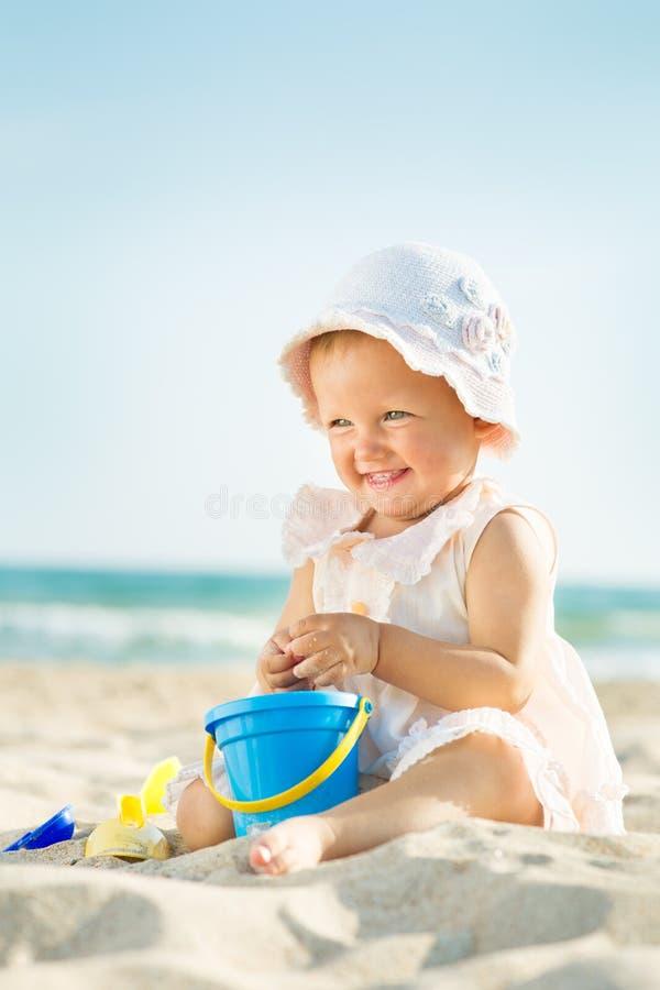 使用在海的婴孩 免版税图库摄影