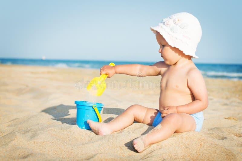使用在海的婴孩 库存照片