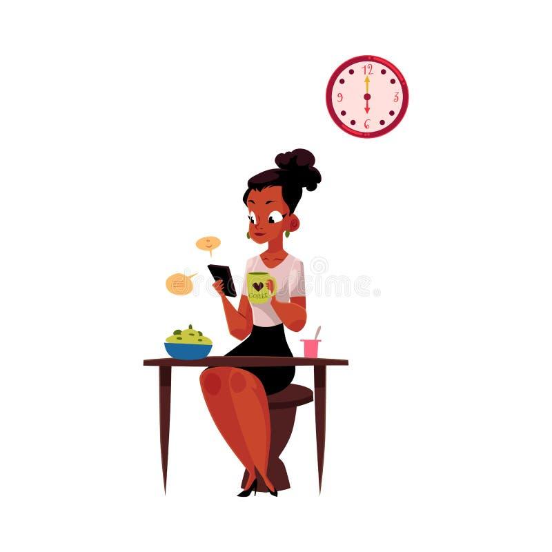 使用智能手机的黑人女实业家,食用早餐,在工作前的饮用的咖啡 向量例证