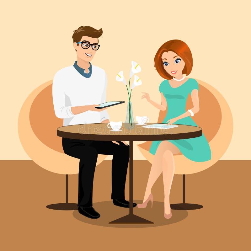 年轻使用片剂个人计算机的人和妇女在餐馆。 皇族释放例证