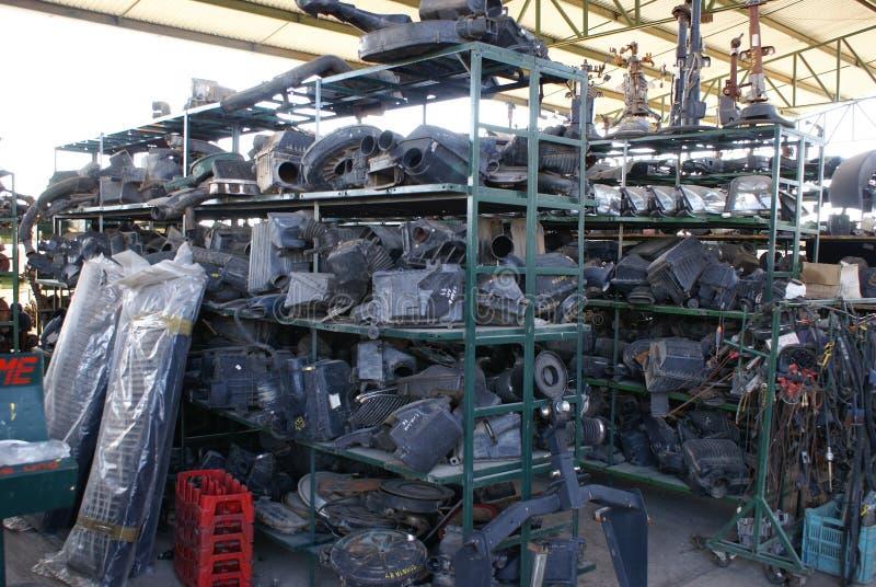 使用的废品旧货栈备件 免版税图库摄影
