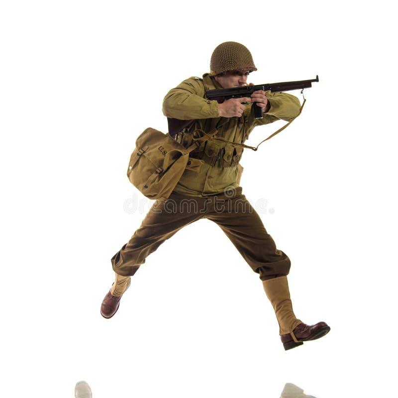 供以人员二战期间的美国别动队员军服的演员  库存照片