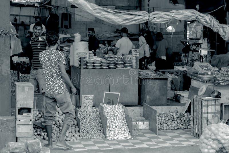 供以人员市场,斯里兰卡的Pettah的街道照片 库存图片