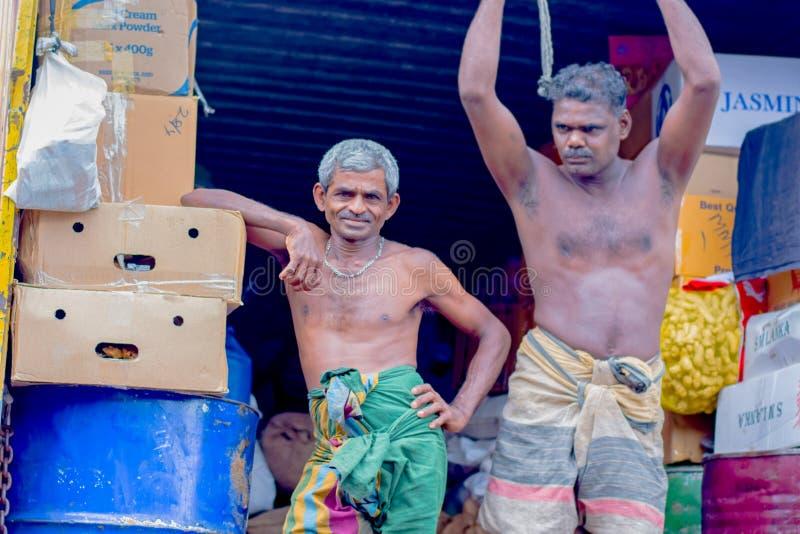 供以人员市场,斯里兰卡的Pettah的街道照片 免版税库存照片