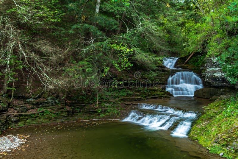 供以人员纪念密执安罗伯特美国的h灯塔 Treman国家公园:埃菲尔德秋天 图库摄影