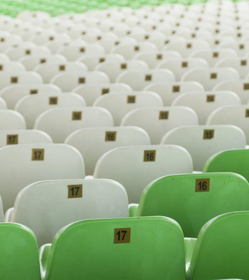 供以座位闲置的体育场 库存图片