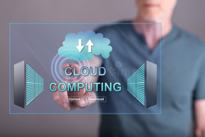 供以人员接触在触摸屏上的一个云彩计算的概念 免版税库存照片