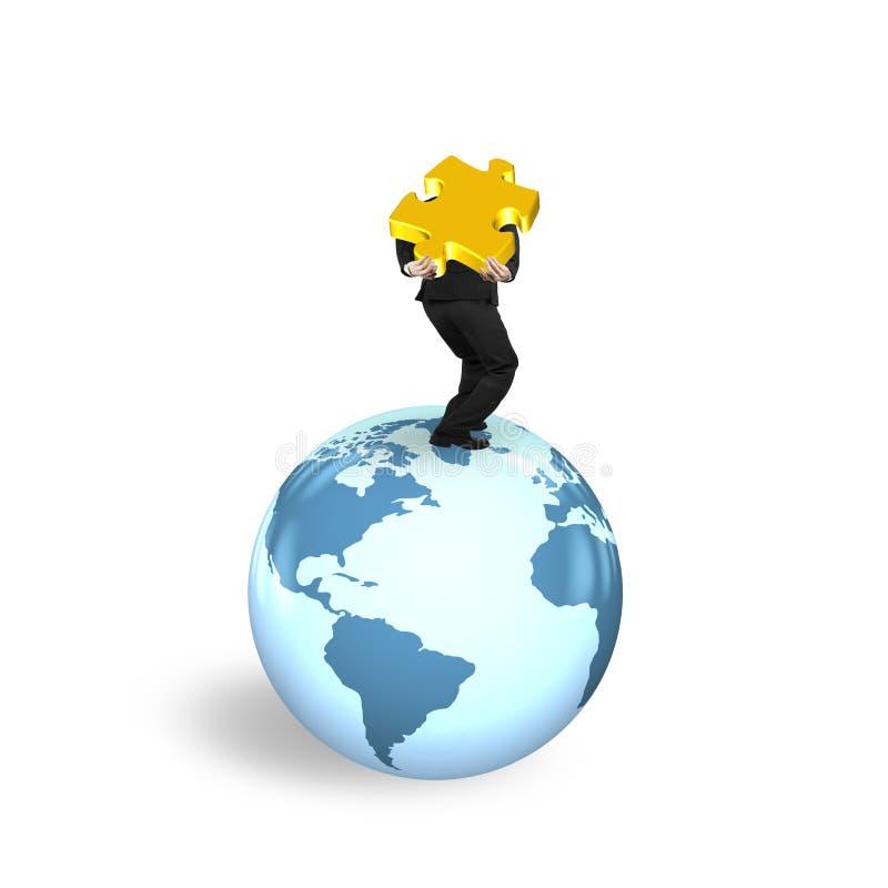 供以人员站立在地球世界地图的运载的七巧板 皇族释放例证