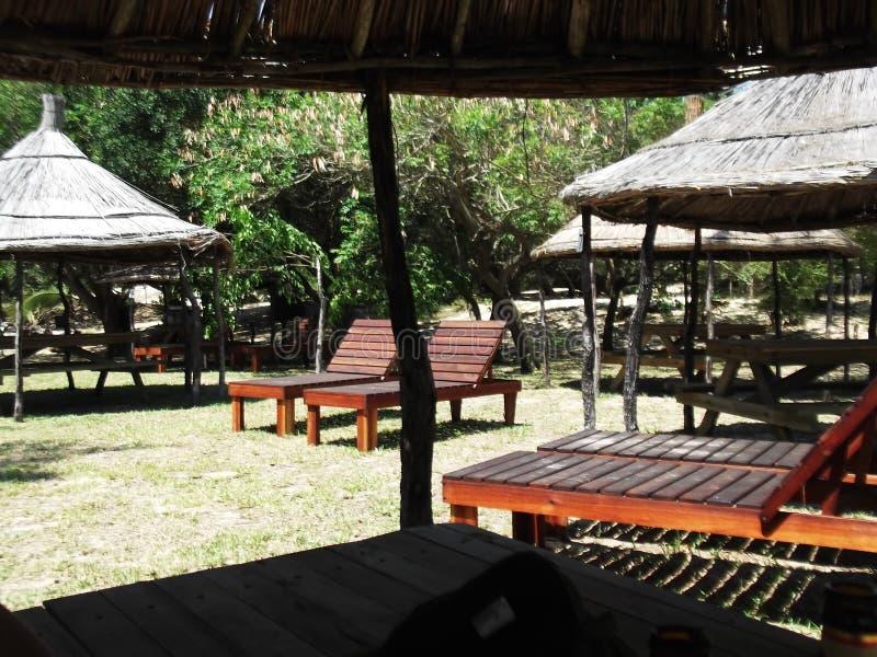 轻便折叠躺椅在Maputu,莫桑比克 图库摄影