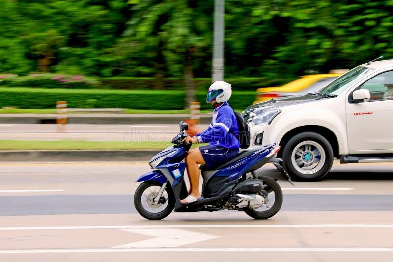 仓促速度在Km 1条Ramintra路 库存图片