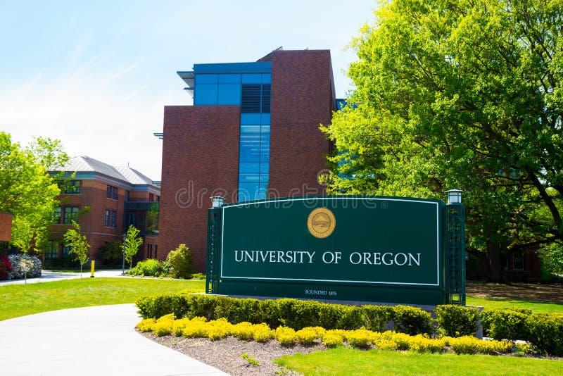 俄勒冈大学校园入口标志 免版税库存照片