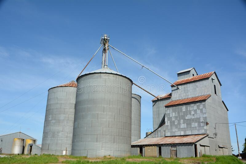 俄勒冈州拉法叶附近的谷物工厂2 免版税图库摄影