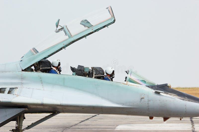 俄国作战喷气式歼击机MIG-29驾驶舱 库存图片