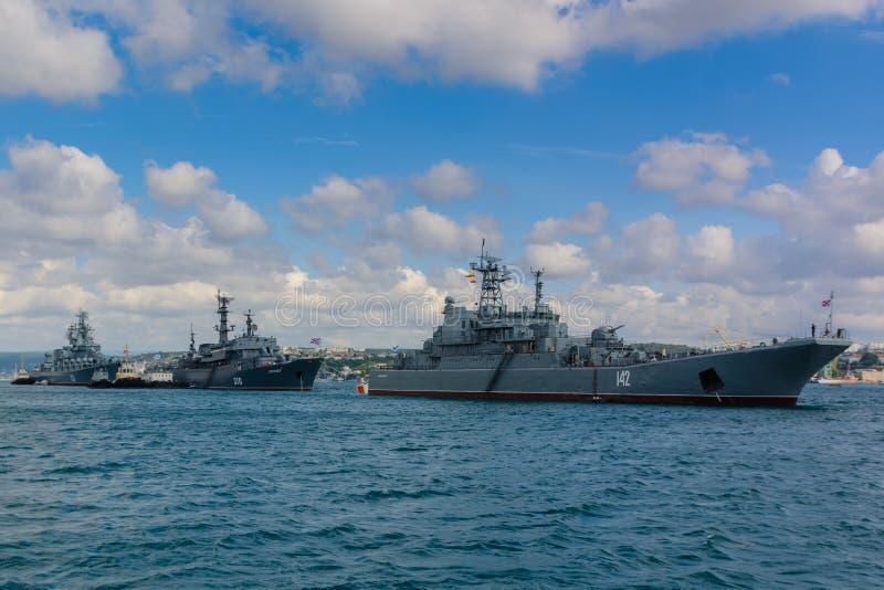 俄国海军的游行在塞瓦斯托波尔 免版税图库摄影