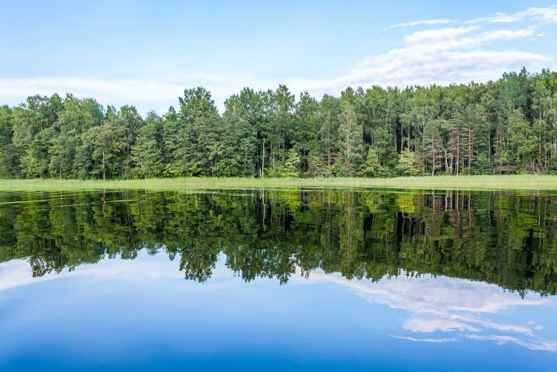 俄国湖塞利格的美丽如画的秀丽 库存图片