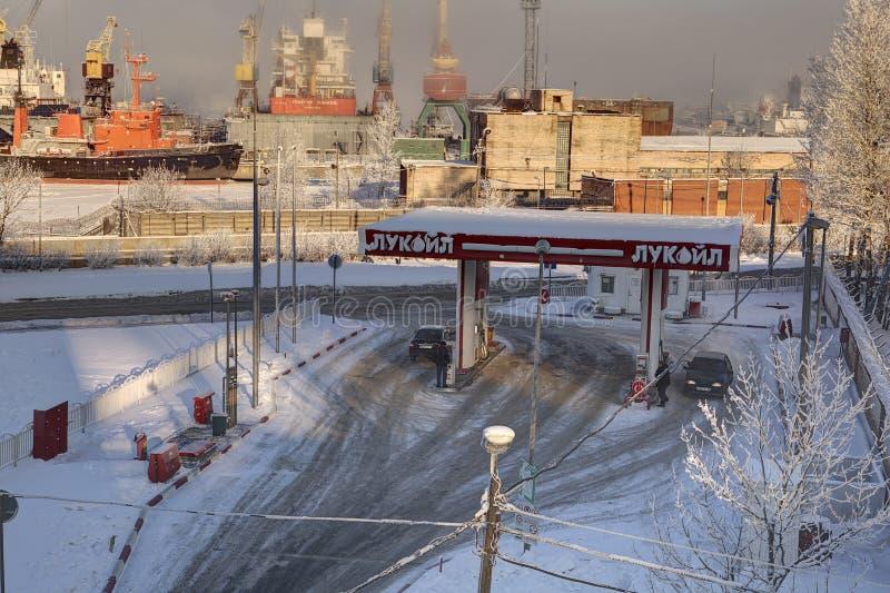 俄国燃料零售商卢克石油,加油站在圣彼得堡 库存图片