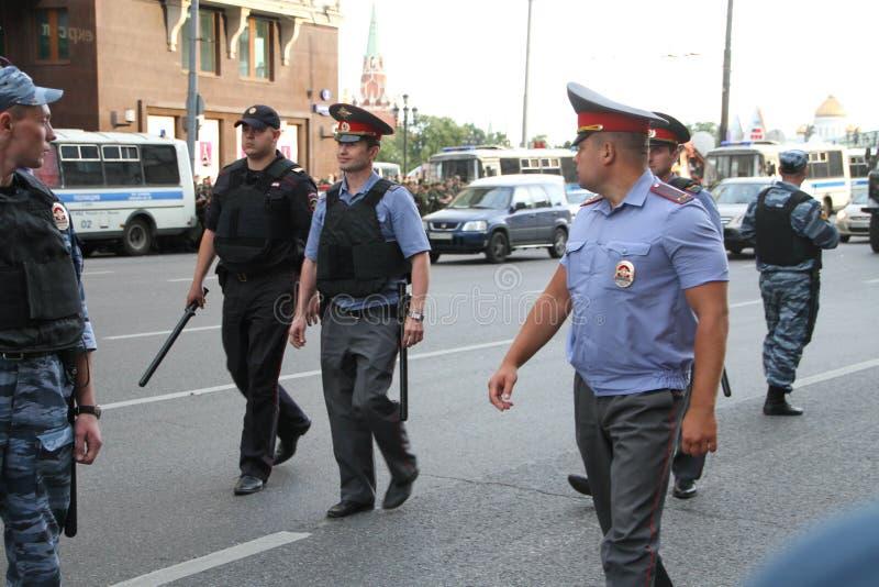 俄国警察在反对时召集 免版税库存照片