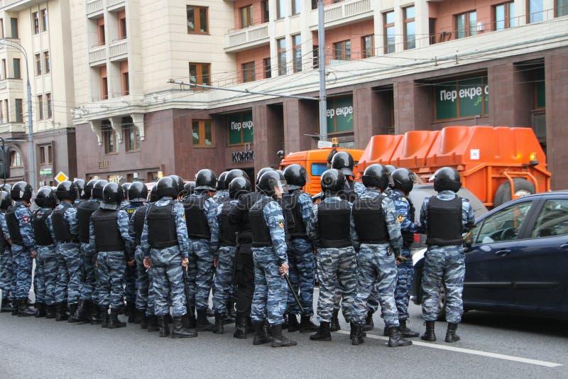 俄国警察在反对时召集 免版税库存图片