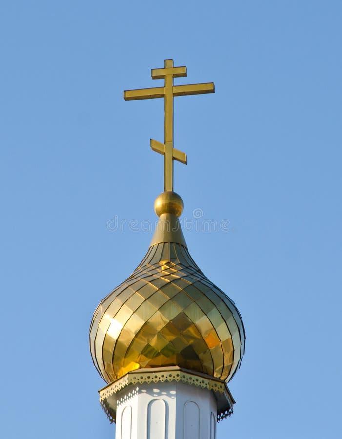 俄罗斯正教会的金圆顶 俄国 西伯利亚 免版税库存图片
