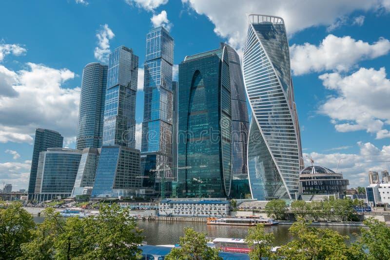 俄罗斯,莫斯科, 2017年6月7日:莫斯科市-莫斯科国际商业中心天 免版税库存图片