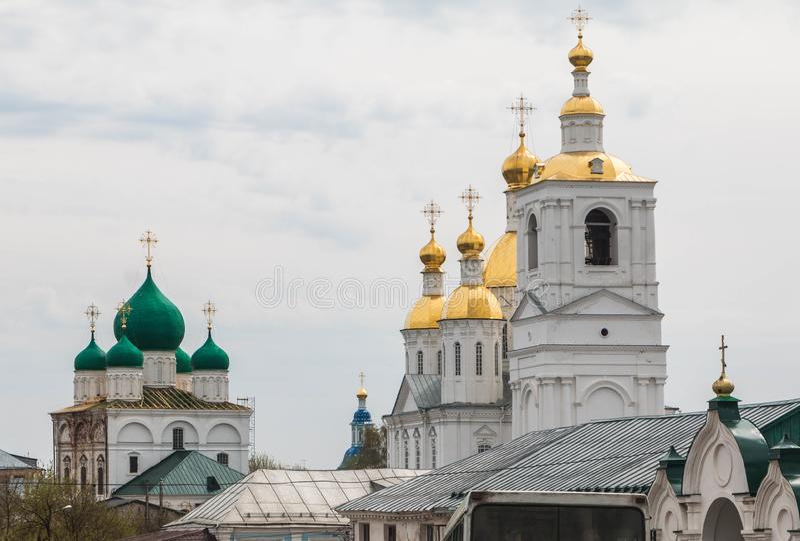 俄罗斯,阿尔扎马斯,2018年5月6日:圣尼古拉斯女修道院,下诺夫哥罗德地区 免版税库存图片