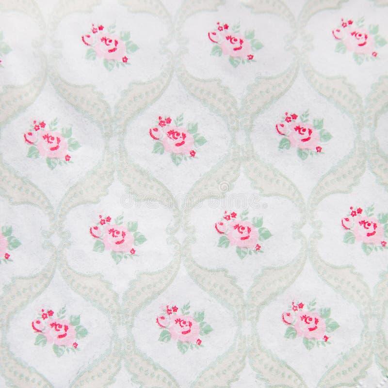 俏丽的葡萄酒花卉墙纸设计 免版税库存图片