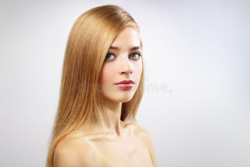 俏丽长期女孩的头发 图库摄影
