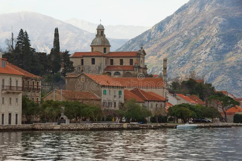 保佑的圣母玛丽亚教会的诞生在Prcanj古镇  黑山,科托尔湾 免版税库存图片
